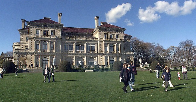 Lawsuit: Stop welcome center at Vanderbilt mansion
