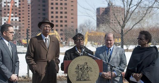Final demolition starts at Detroit housing project