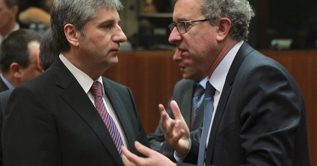 Tiny Luxembourg blocks tax evasion law for EU
