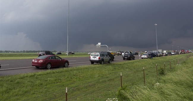 Forecasters run social media 'tornado drill'