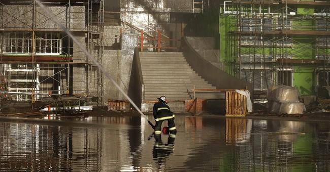 San Francisco firefighters stop big blaze spread