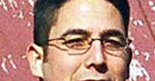 FBI hunting Hawaii for top domestic terror suspect
