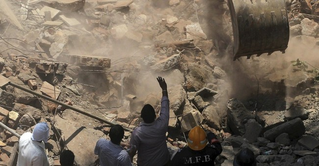 Mumbai building collapse kills 7