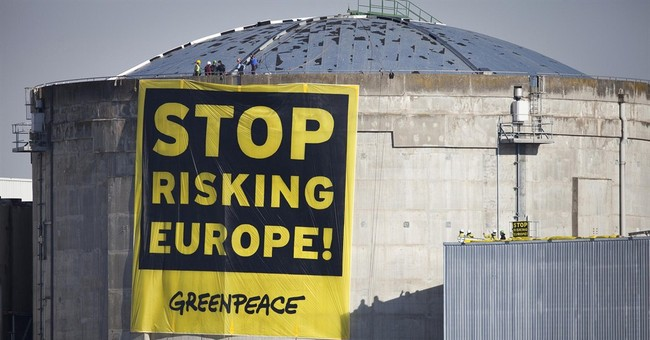Greenpeace activists occupy French nuclear plant