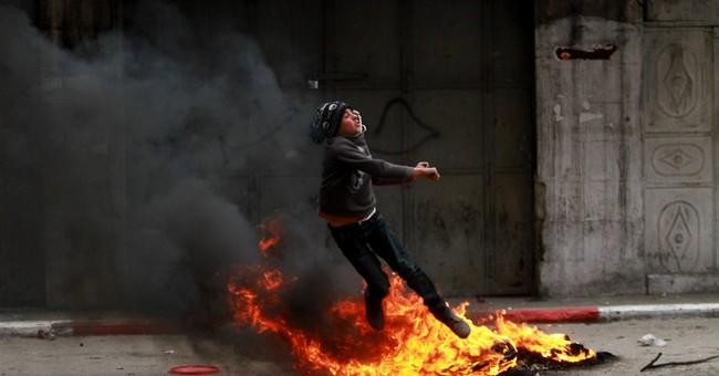 AP Exclusive: Jailed militant key to Mideast talks