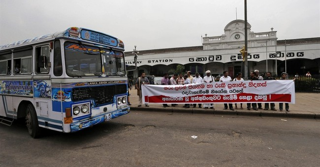 Sri Lankan police release 2 rights activists