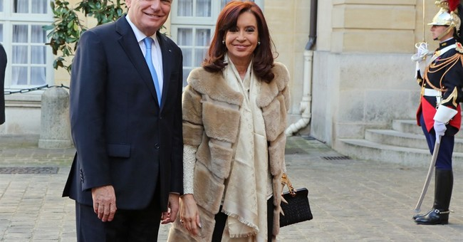 Argentine president opens Paris Book Fair
