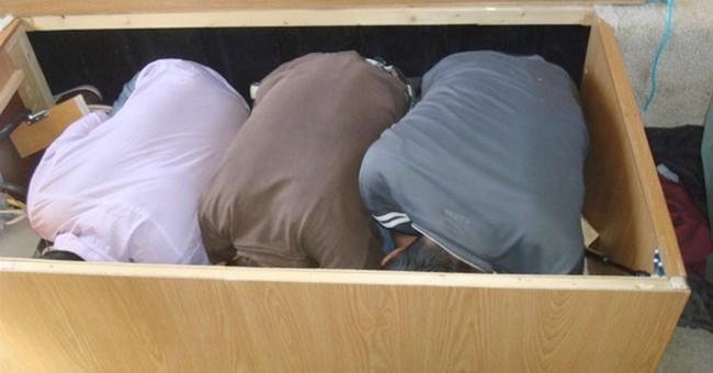 3 Mexican immigrants found hidden in box under RV