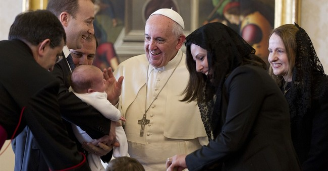 Pope gets unusual gift during Maltese audience