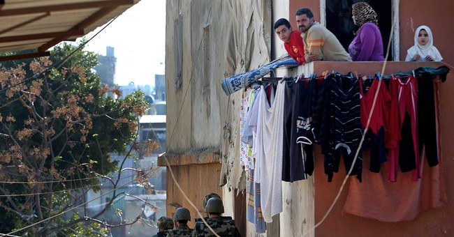 Syria-related clashes kill 1 overnight in Beirut