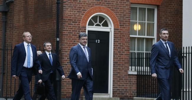 UK's Cameron welcomes Ukrainian politicians