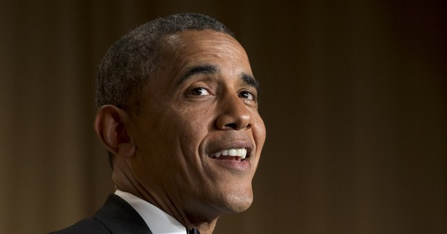 Amid Foreign and Domestic Crises, Obama Plans to Fundraise and Golf This Weekend