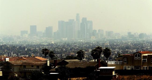 Los Angeles Libs Push for $15.37 Minimum Wage
