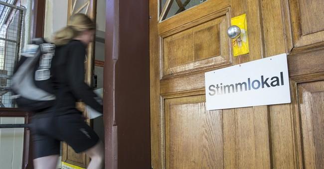 Swiss Voters Reject $25/hour Minimum Wage