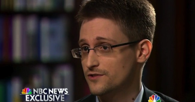 Edward Snowden, Moscow's Accidental Tourist