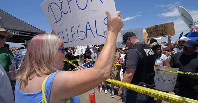 White House Calls on Congress to End Catch and Release of Illegal Aliens