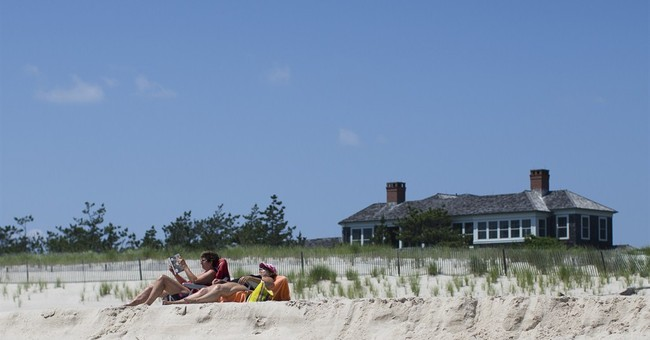 'Blow Up the Bridges': Some Wealthy Manhattanites Are Knowingly Bringing Wuhan Coronavirus to the Hamptons