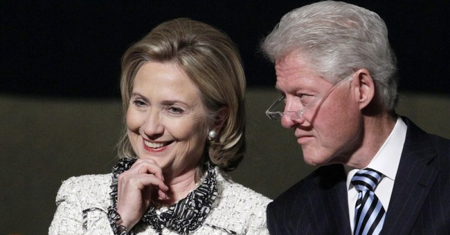Oh My: Financial Analyst Says Clinton Foundation Books 'Riddled' With 'Inconsistencies,' Rises 'To the Level Of Fraud'