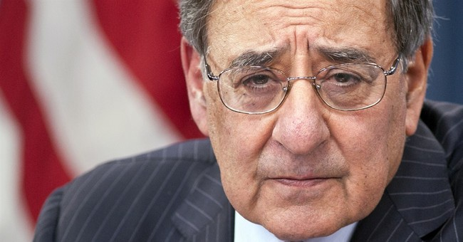 Panetta Questions Trump's Loyalty to US After Russian Hack Remarks