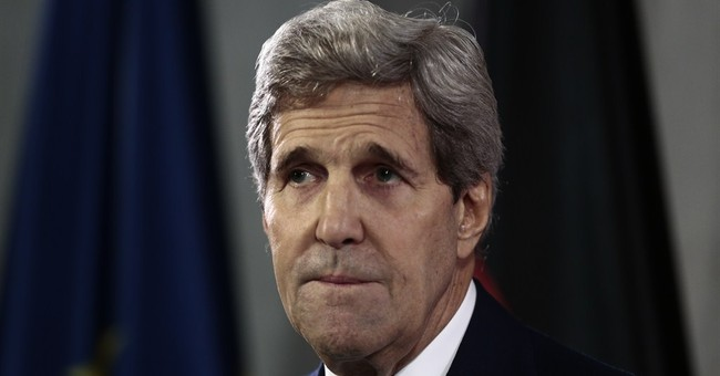 John Kerry Lauds Cuba's Contribution Against Ebola