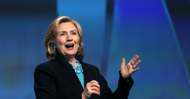 Bloomberg Poll: In Early Horse-Race, Smooth Sailing for Hillary?