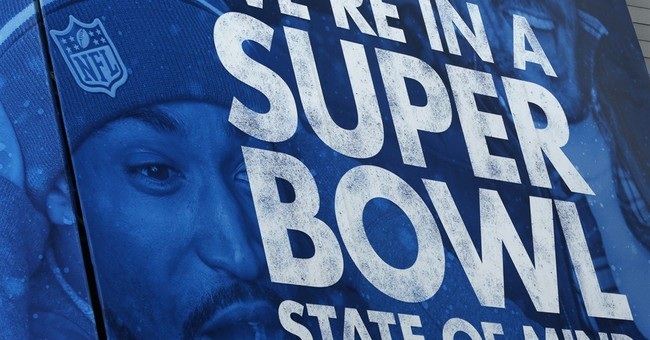 Snarky Political Tweets From the Superbowl