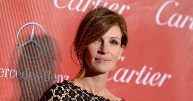 Julia Roberts Explains How 'Sad' It Is That Fellow Actresses Bribed Their Kids Into College