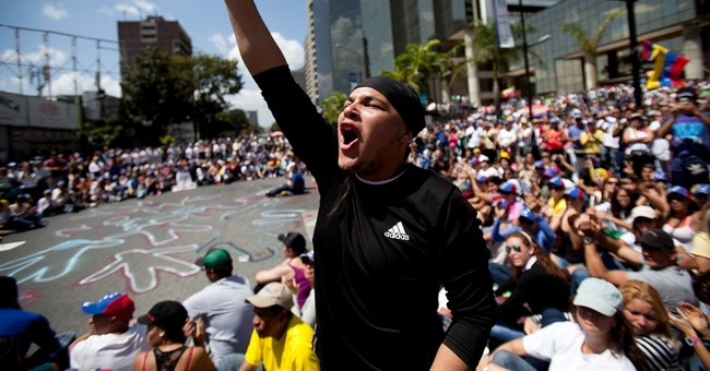 America Shouldn't Rescue Socialist Venezuela