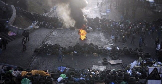 Ukraine Continues to Collapse into Violent Chaos