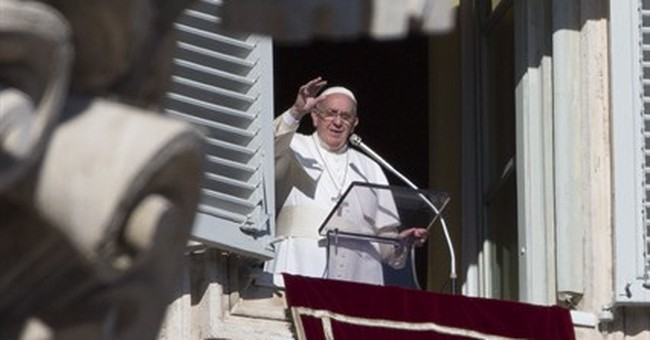 Pope prays for peace in hearts, families, world in new year