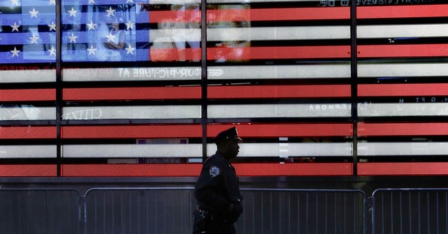 NYPD Slow: Times Square had 1 million revelers, zero tickets