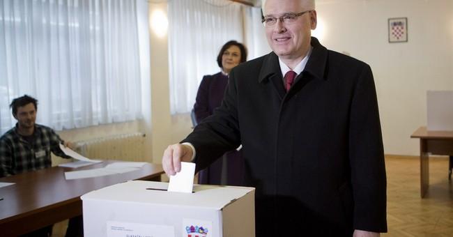 Croatia set for surprisingly close presidential vote