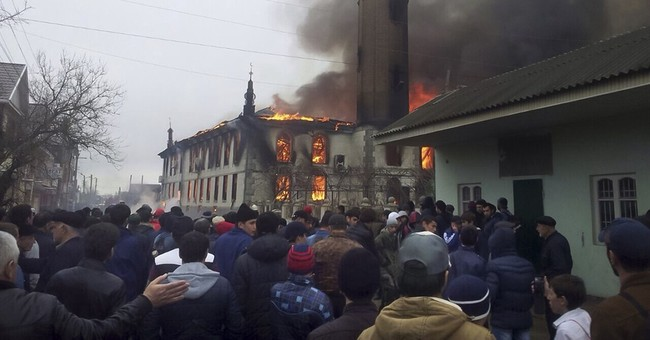 Fire engulfs mosque in Russia's Dagestan, no one hurt