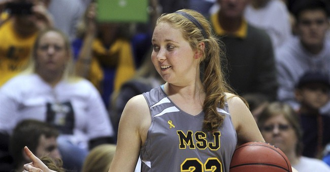 Lauren Hill remembered at arena where she made her layup