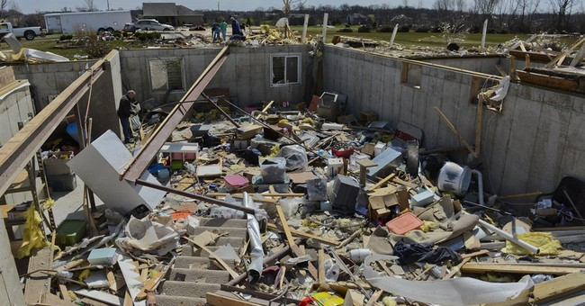 Illinois hamlet to assess what's left after tornado kills 2