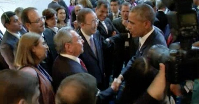 In historic face to face, Obama, Castro vow to turn the page