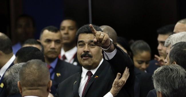 Obama meets Venezuela's president on sidelines of summit