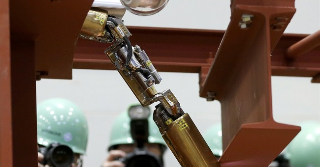 1st robot into Fukushima reactor stalls, but gets some data