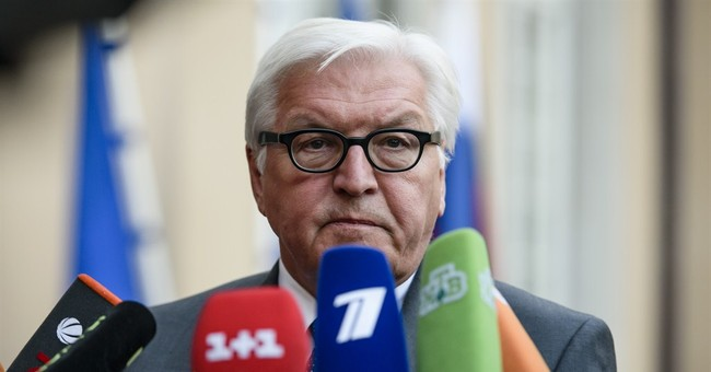 Russia, Ukraine agree on withdrawal of smaller caliber arms