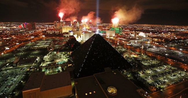 Survey: Most Vegas tourists married, many from California