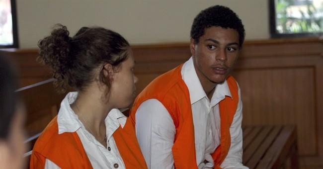 Lawyers seek lenience for US couple in Bali murder trials