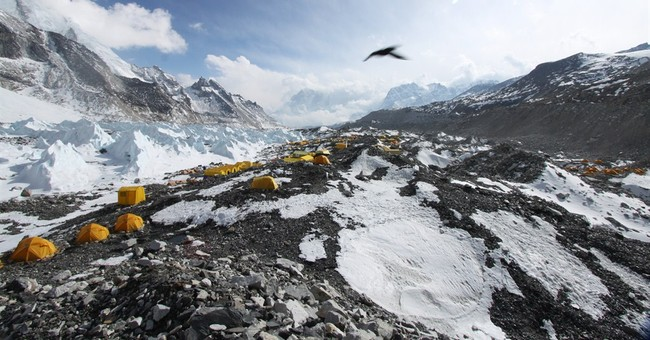 Image of Asia: In flight over Everest base camp