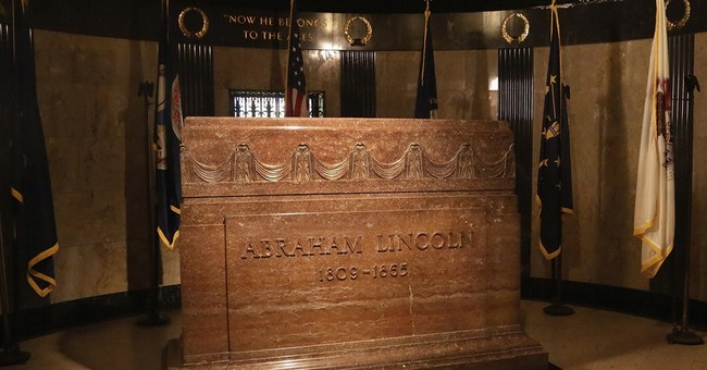 As death of Lincoln marked, caretakers of tomb face setbacks
