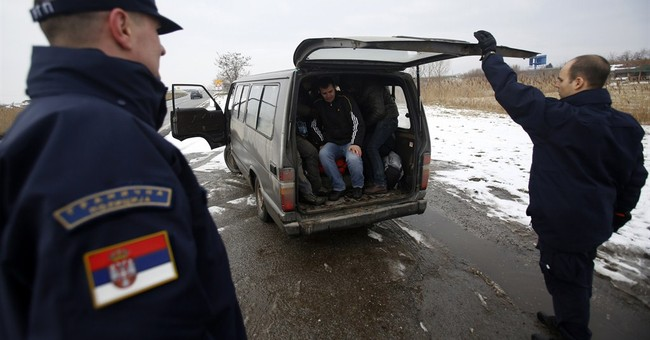 Rights group accuses Serbia of harassing migrants