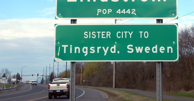 Connect the dots: Minnesota city gets umlauts back on signs