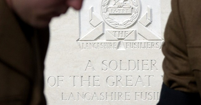 6 British soldiers reburied a century after dying in WWI