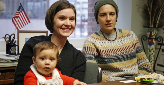 Two Kellys raising baby as loving, if not legal, parents