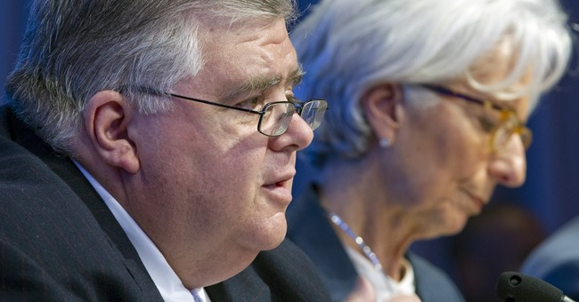 World finance leaders see threats ahead for global economy