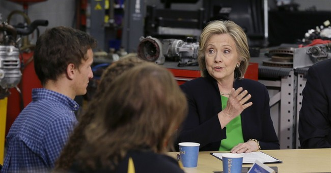 Clinton patches relations with liberals at campaign's outset