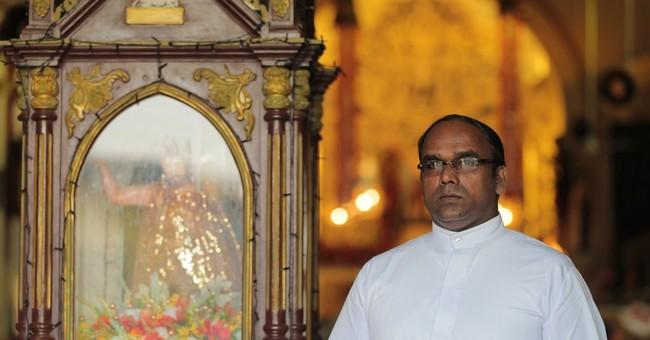 AP PHOTOS: Sri Lanka's Catholics hope to heal war's wounds
